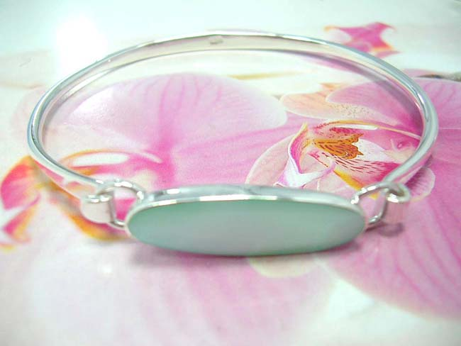 Bali jewelry collection outlet,light blue indonesian crafted gemstone embedded in 925. sterling silver bangle bracelet