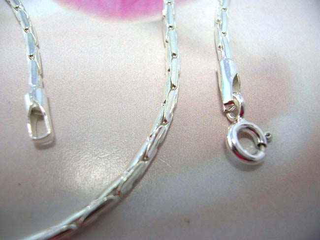Wholesale fashion wear manufacturer, Bali art wear sterling silver oval chain necklace