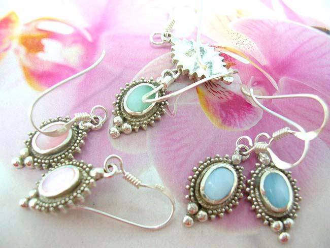 Shop wholesale fashion distributor, Quality vintage 925. sterling silver filigree earrings with unique gemstone