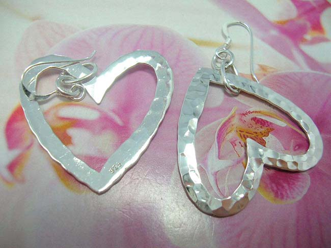 High quality beauty jewelry distributor, Love heart inspired 925. sterling silver earrings